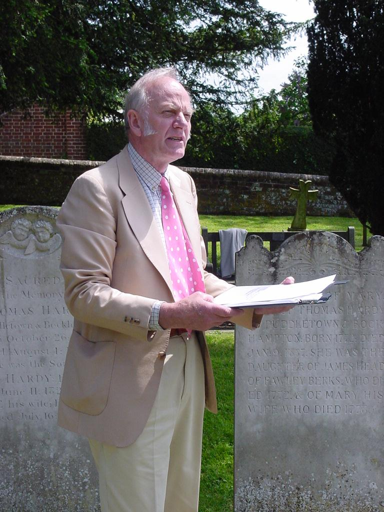 Birthday commemorations at Stinsford 2004 - Furse Swann